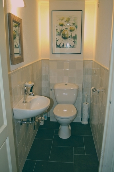 Fliesen im Toilette