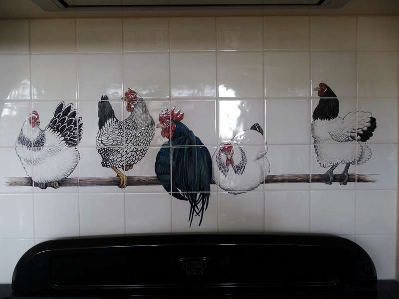 Lakenvelder Hühner auf Stange