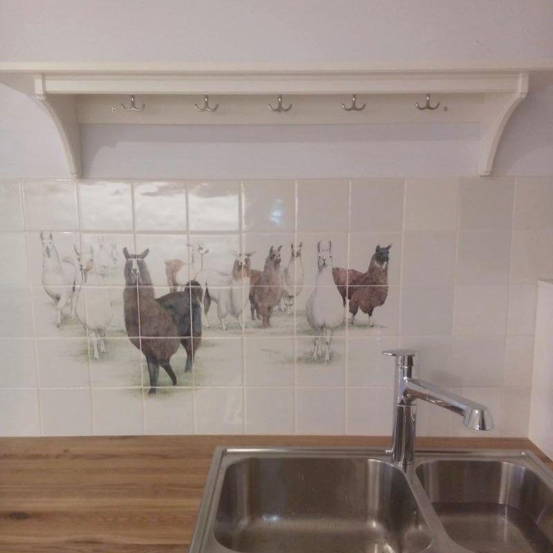 Viele Tiere im Küche