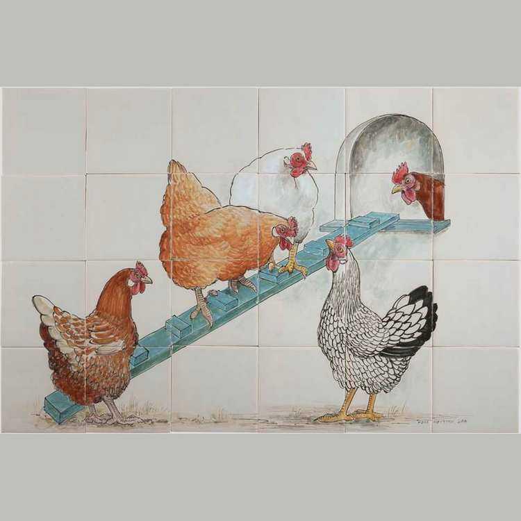 RH24-19 Hühner beim Hühnerstall
