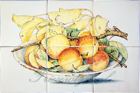RH6-11 Schale mit Pfirsichen