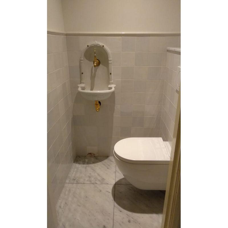 Toilette mit Basis Mischung 6