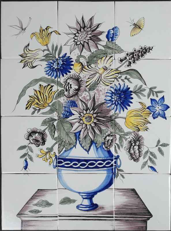 Vase auf Tisch RH12-15